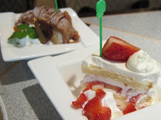 モンブランとイチゴのショートケーキ